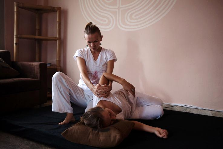 Somatic Massage Zina Gaia Retreat Center Bali